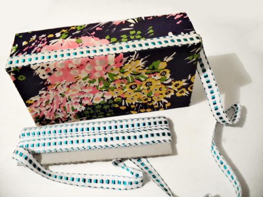 Caixa multifuncional decorada com produtos HAK - passo 4